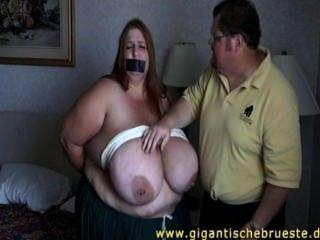 bbw Jade bekommt eine Knechtschaft
