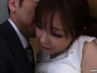 Japanische Mädchen locken einnehmend Schule Mädchen in bed.avi