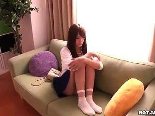 Japanische Mädchen fasziniert Privatlehrer im Bett room.avi gefickt