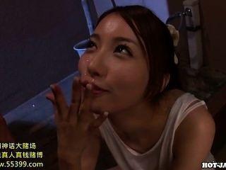 japanische Mädchen gefickt verführerisch reife Frau im Bett room.avi