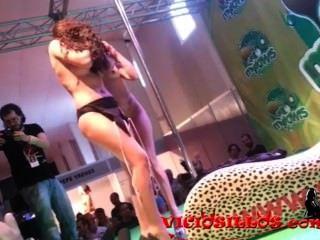 sara kann y julia de lucia Lesbenshow in Sem von viciosillos.com
