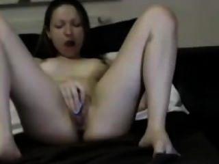 Junges Schulmädchen masturbiert