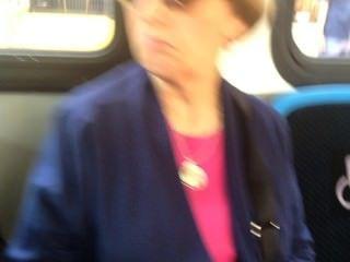 Hot Boys & Girls auf dem Bus Bulge beobachten