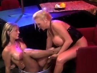 Füße und Wein - lesbischen fußanbetung