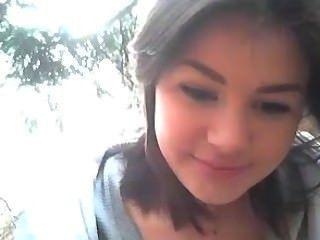 Creampie und Gesichts in den Wäldern vor der Webcam