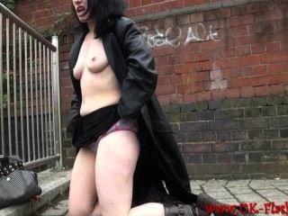 Exhibitionist Amateur fae CORBINS öffentliche Nacktheit und Outdoor-Wahnsinn