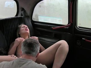 Natürliche Brust exgirlfriend harten Sex